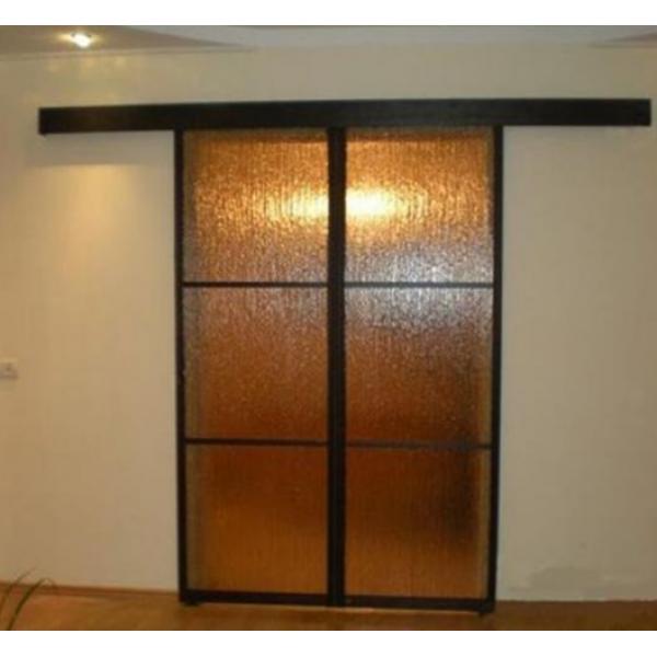 Межкомнатная дверь купе в стене